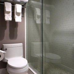 Отель Oasis at Gold Spike США, Лас-Вегас - отзывы, цены и фото номеров - забронировать отель Oasis at Gold Spike онлайн ванная