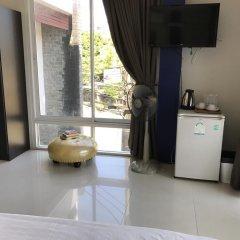 Отель But Different Phuket Guesthouse 3* Стандартный номер с различными типами кроватей