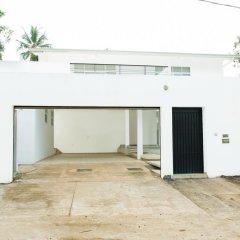 Отель Serendib Villa Шри-Ланка, Анурадхапура - отзывы, цены и фото номеров - забронировать отель Serendib Villa онлайн парковка