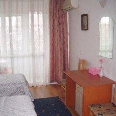 Апартаменты Apartment and Guest Rooms Limextour Поморие комната для гостей фото 5