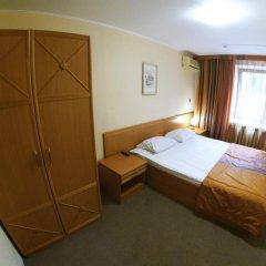 Гостиница Амакс Юбилейная сейф в номере