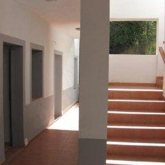 Отель Apartamentos Fuente en Segures интерьер отеля
