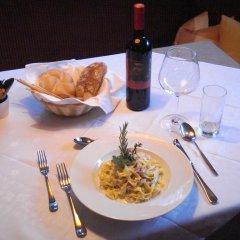 Отель Pension Restaurant Rosmarie Горнолыжный курорт Ортлер питание фото 2