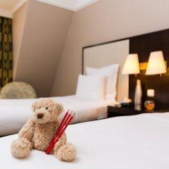 Renaissance Brussels Hotel 4* Стандартный семейный номер с разными типами кроватей фото 4