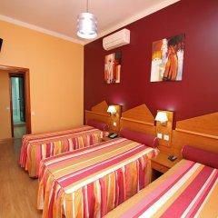 Отель Pensao Praca Da Figueira Стандартный номер фото 3