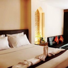 Отель Baan Pron Phateep Номер Делюкс с двуспальной кроватью фото 9