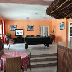 Отель Residence Saint-Jacques Bord de Mer Республика Конго, Пойнт-Нуар - отзывы, цены и фото номеров - забронировать отель Residence Saint-Jacques Bord de Mer онлайн интерьер отеля фото 2