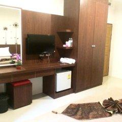 Phuthara Hostel Стандартный номер с различными типами кроватей фото 4