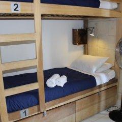 Two Pillows Boutique Hostel Кровать в общем номере с двухъярусной кроватью фото 11