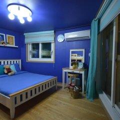 Отель Han River Guesthouse 2* Семейная студия с двуспальной кроватью фото 28
