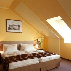 Отель Erzsebet Kiralyne (Queen Elizabeth) Годолло комната для гостей фото 3