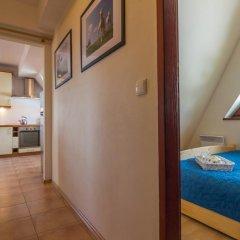 Отель Apartament Red Zakopane Косцелиско комната для гостей фото 4
