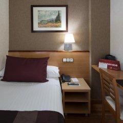 Отель Catalonia Park Güell удобства в номере