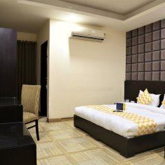Отель FabHotel Aksh Palace Golf Course Road 3* Номер Делюкс с различными типами кроватей фото 3