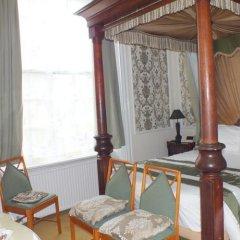 The Prince Regent Hotel в номере