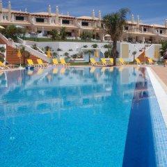 Отель Villas Rufino бассейн