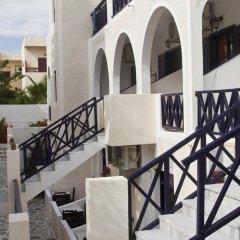 Отель Anny Studios Perissa Beach Греция, Остров Санторини - отзывы, цены и фото номеров - забронировать отель Anny Studios Perissa Beach онлайн балкон