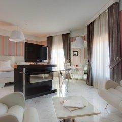 Grand Hotel Palace 5* Люкс с различными типами кроватей фото 8