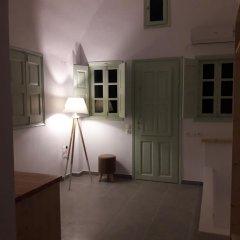Отель Ecoxenia Studios Греция, Остров Санторини - отзывы, цены и фото номеров - забронировать отель Ecoxenia Studios онлайн комната для гостей фото 3