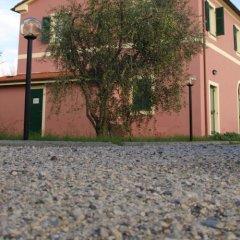 Отель Agriturismo alle Serre Сарцана спортивное сооружение