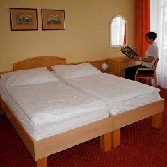 Отель Flora Чехия, Марианске-Лазне - отзывы, цены и фото номеров - забронировать отель Flora онлайн комната для гостей фото 4