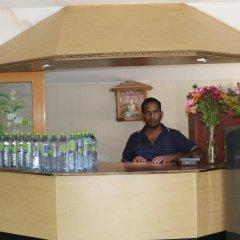 Отель Queens rest inn интерьер отеля фото 3