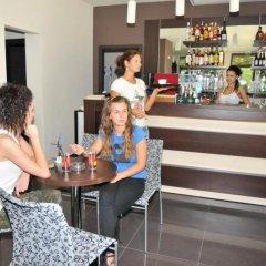 Hotel Burgas Free University гостиничный бар