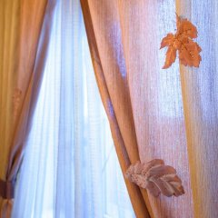 Гостиница 12 Месяцев 3* Стандартный семейный номер разные типы кроватей фото 9