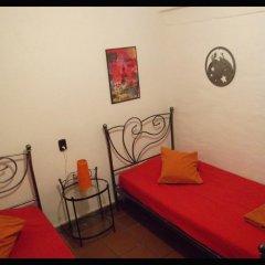 Отель Fundalucia 2* Стандартный номер с 2 отдельными кроватями (общая ванная комната) фото 2