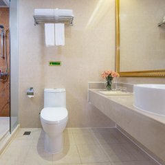 Отель Vienna Dameisha Binhai Mingzhu Шэньчжэнь ванная фото 2