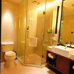 SSAW Boutique Hotel Shanghai Bund(Narada Boutique YuGarden) 4* Стандартный семейный номер с различными типами кроватей фото 3