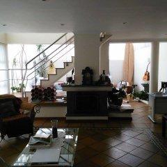 """Отель Surf & Guest Lorena""""s House интерьер отеля"""