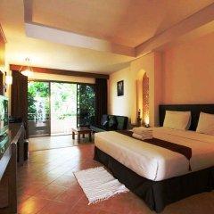 Отель Baan Pron Phateep Номер Делюкс с двуспальной кроватью фото 8