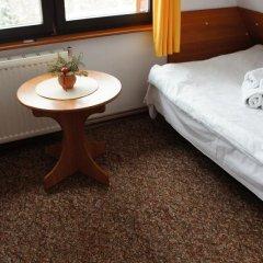 Отель Zakątek Chmurówka Косцелиско удобства в номере