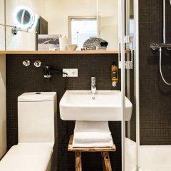Отель BOLD Hotel München Zentrum Германия, Мюнхен - 10 отзывов об отеле, цены и фото номеров - забронировать отель BOLD Hotel München Zentrum онлайн ванная фото 2