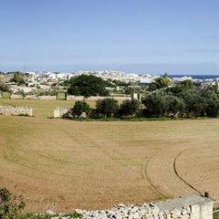 Отель South Olives спортивное сооружение