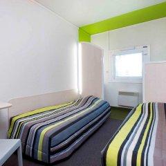Отель hotelF1 Marseille East Saint Menet 3* Стандартный номер с различными типами кроватей фото 2