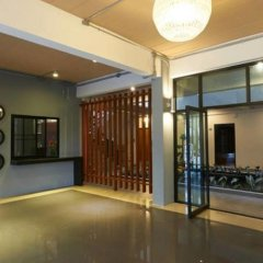 Отель Euanjitt Chill House фитнесс-зал
