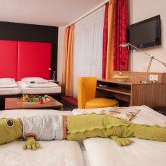 Hotel Senator 4* Стандартный семейный номер с двуспальной кроватью фото 9