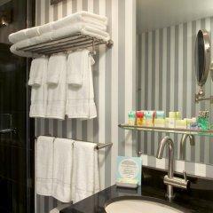Отель Four Points by Sheraton Manhattan SoHo Village США, Нью-Йорк - отзывы, цены и фото номеров - забронировать отель Four Points by Sheraton Manhattan SoHo Village онлайн ванная
