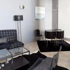 Отель Fenêtre sur Cour Франция, Лион - отзывы, цены и фото номеров - забронировать отель Fenêtre sur Cour онлайн комната для гостей фото 4