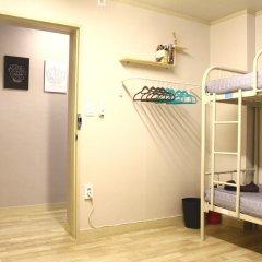 Plan A Hostel Кровать в женском общем номере с двухъярусной кроватью фото 2