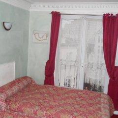 Отель Hôtel Le Petit Trianon 3* Стандартный номер с двуспальной кроватью