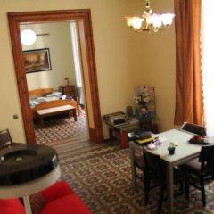 Отель B&B Comfort Стандартный семейный номер с двуспальной кроватью фото 3