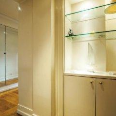 Апартаменты Portuguese Living Saldanha Prestige Apartments сейф в номере