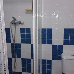 Отель Pensión Ayuntamiento Испания, Аликанте - отзывы, цены и фото номеров - забронировать отель Pensión Ayuntamiento онлайн ванная