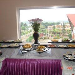 Отель Hoang Loc Hotel Вьетнам, Буонматхуот - отзывы, цены и фото номеров - забронировать отель Hoang Loc Hotel онлайн питание