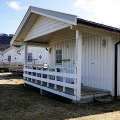 Отель Tjeldsundbrua Camping Коттедж с различными типами кроватей фото 12