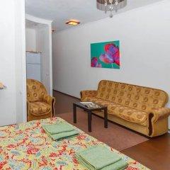 Апартаменты Petal Lotus Apartments on Tsiolkovskogo комната для гостей фото 5