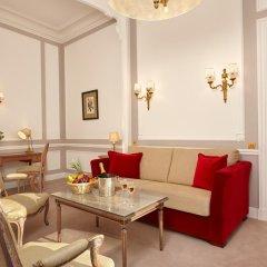 Hotel Regina Louvre 5* Номер Делюкс с двуспальной кроватью фото 2